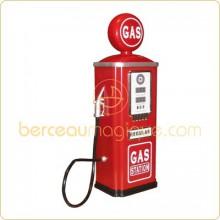 Station essence pour voiture � p�dales  par Baghera