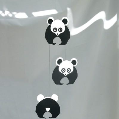 mobile en papier pandas livingly berceau magique. Black Bedroom Furniture Sets. Home Design Ideas