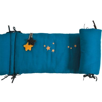 Tour de lit bleu Les Moustaches (pour lits 60 x 120 et 70 x 140 cm)  par Moulin Roty