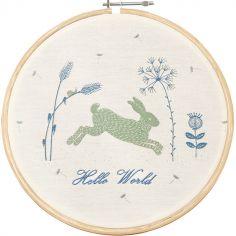 Cercle en bois et coton bio lapin bleu Hello World