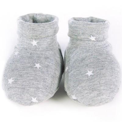 Chaussons de naissance Gaby gris  par Walking Mum