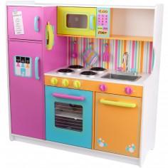 Grande cuisine en bois aux couleurs vives
