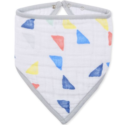 Bavoir bandana Leader of the pack triangles  par aden + anais