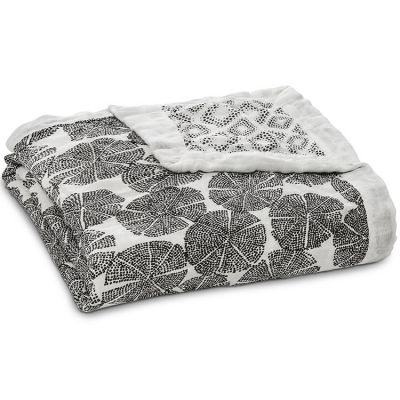Couverture de rêve Dream Blanket Silky Soft In Motion (120 x 120 cm) aden + anais