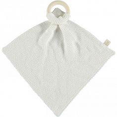 Doudou plat tricoté avec anneau en bois blanc So Natural