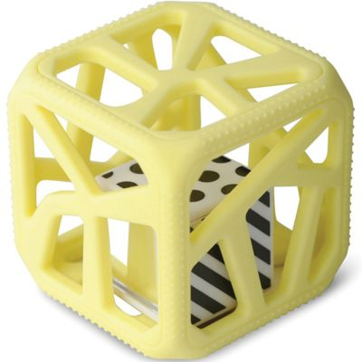 Hochet cube de dentition jaune  par Malarkey Kids