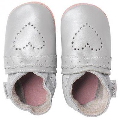 Chaussons bébé cuir Soft soles coeur pointillés argenté (3-9 mois)  par Bobux