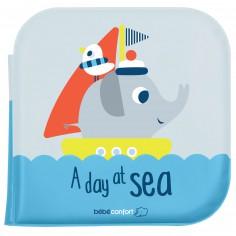 Livre de bain Un jour en mer