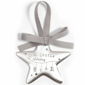 Médaille de berceau Bienvenue au Monde (métal argenté) - Mamas and Papas