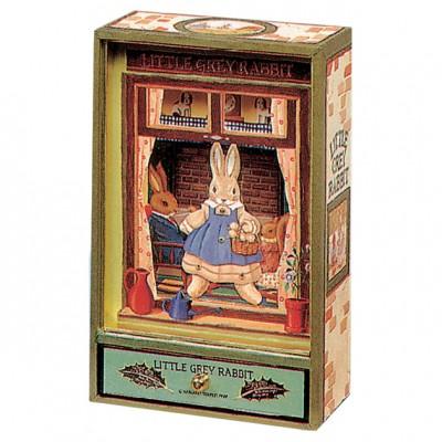 Dancing Little Grey Rabbit  par Trousselier