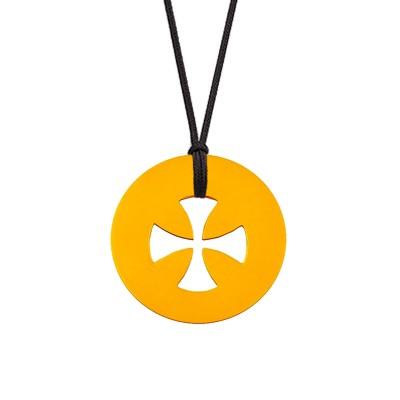 Collier cordon médaille Signes Croix égale 16 mm (or jaune 750°) Maison La Couronne