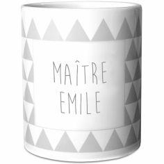 Mug Maîtresse triangles gris (personnalisable)
