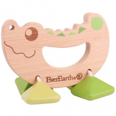 Hochet en bois crocodile EverEarth