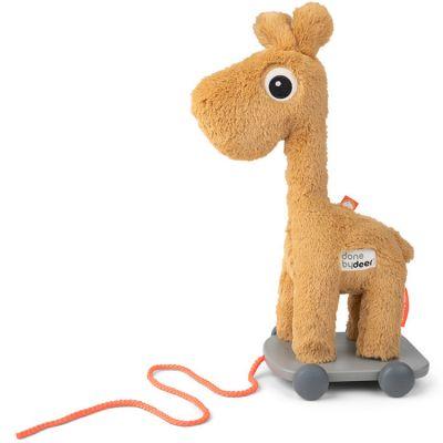 Jouet à tirer girafe jaune Raffi  par Done by Deer