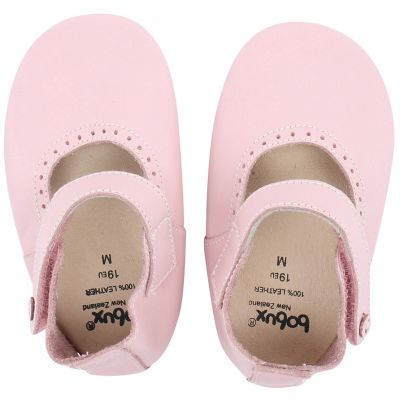 Chaussons en cuir Soft soles rose clair Mary Jane (3-9 mois)  par Bobux