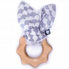Anneau de dentition en bois Ecailles gris et blanc  par BB & Co