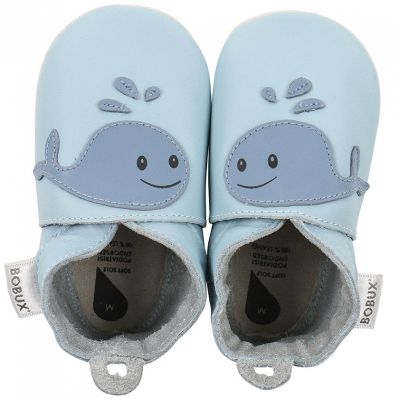 Chaussons bébé en cuir Soft soles Baleine bleus  (9-15 mois)  par Bobux