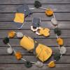 Anneau de dentition jaune moutarde  par BB & Co