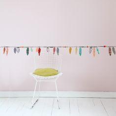 Frise adhésive Plumes multicolores (5 m)