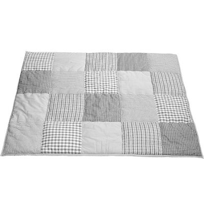 tapis de jeu patchwork gris 100 x 80 cm par taftan. Black Bedroom Furniture Sets. Home Design Ideas