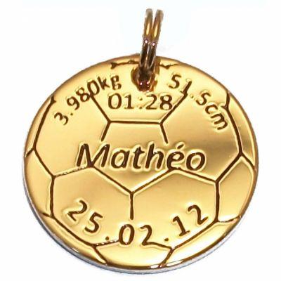 Médaille de naissance ballon de foot (plaqué or jaune)  par Alomi