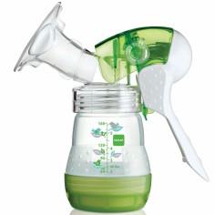 Tire-lait manuel vert et ses accessoires
