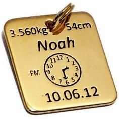 Médaille de naissance carrée (plaqué or jaune)