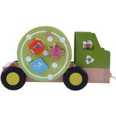 Camion de recyclage en bois