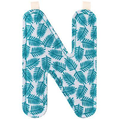 Lettre en tissu à suspendre N (9,5 cm)  par Lilliputiens