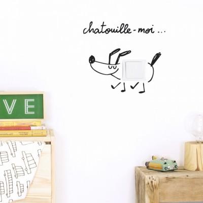 Stickers muraux pour interrupteur Chatouille-moi  par Chispum