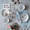 Assiette plate Yummy Dots Plus Elphee gris  par Done by Deer