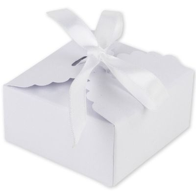 Lot de 10 boîtes à dragées festonnées blanches  par Arty Fêtes Factory