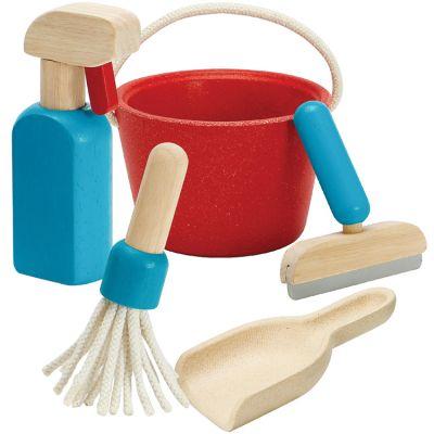 Kit de ménage en bois  par Plan Toys
