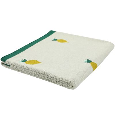 Couverture en tricot Tiny Turnip (80 x 100 cm)  par Trixie