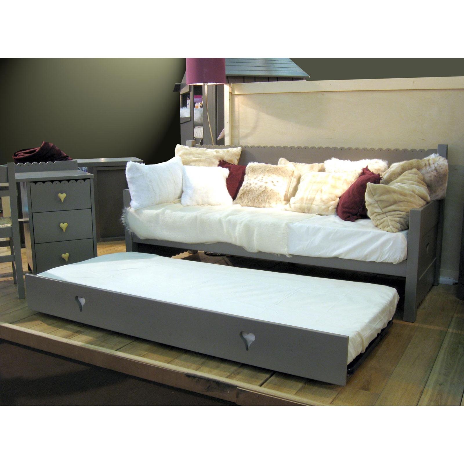 lit gigogne solde decorations magazine. Black Bedroom Furniture Sets. Home Design Ideas