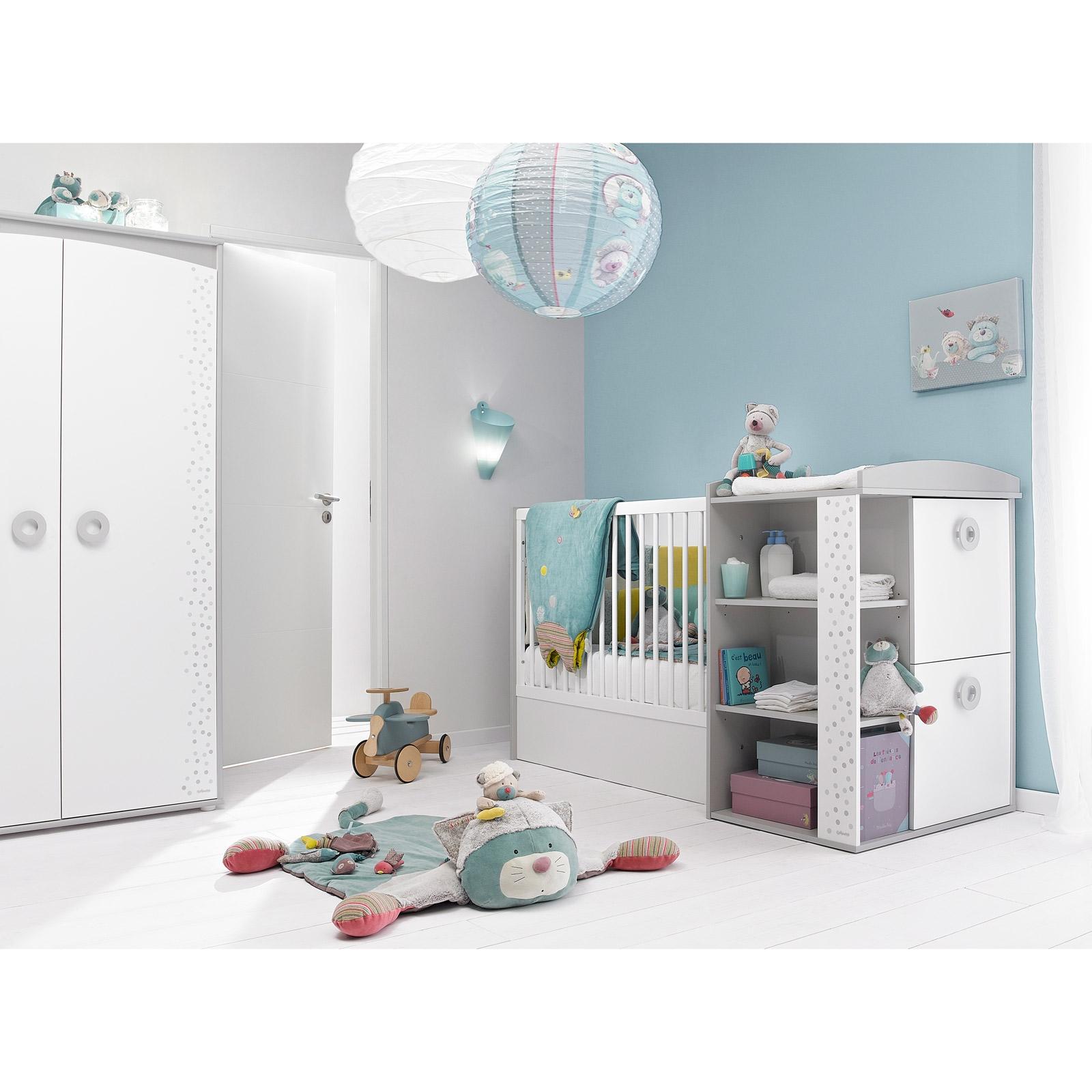 Disposition meuble chambre bb disposition chambre bebe for Disposition des meubles dans une chambre
