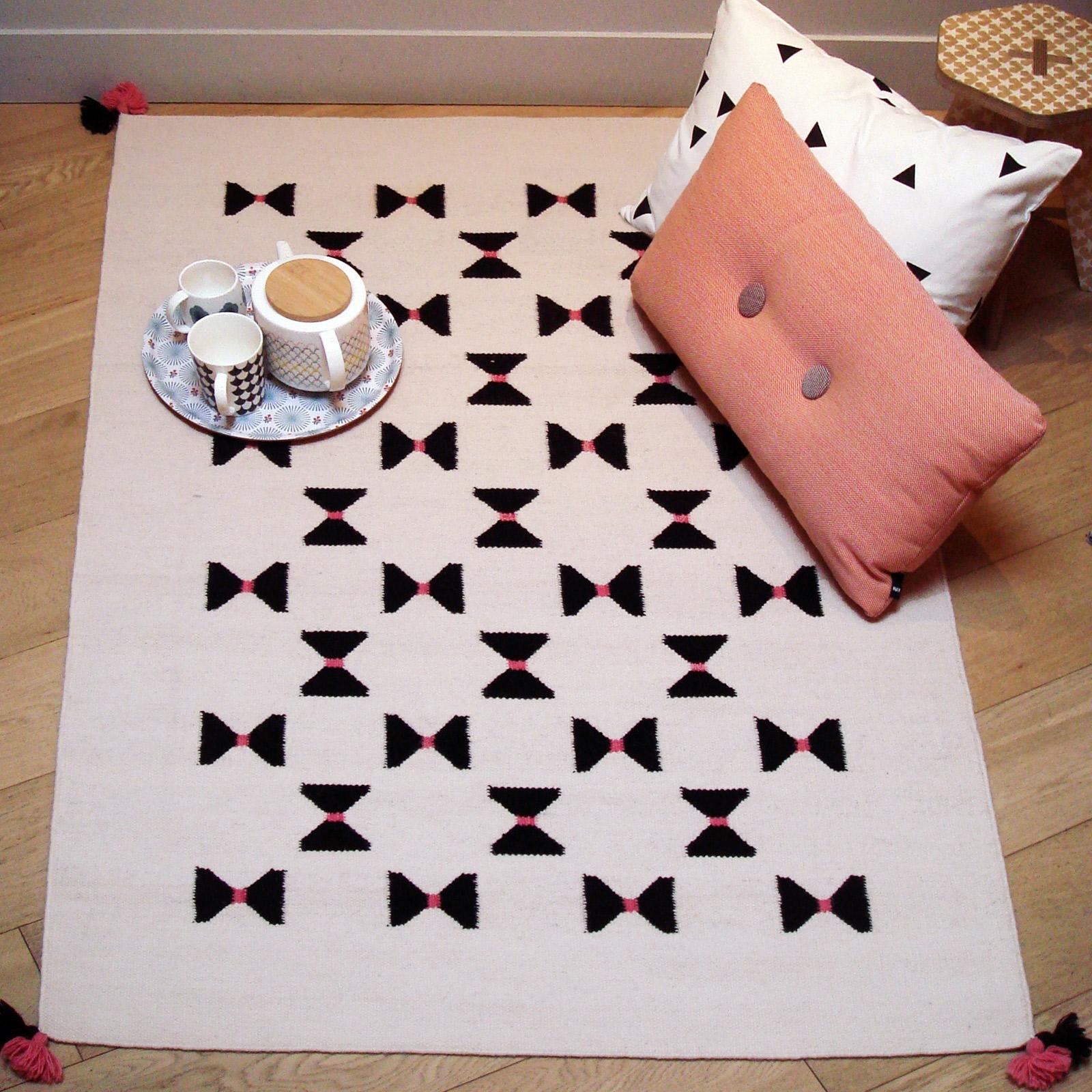 Tapis de laine Kilim noeuds graphiques 110 x 160 cm