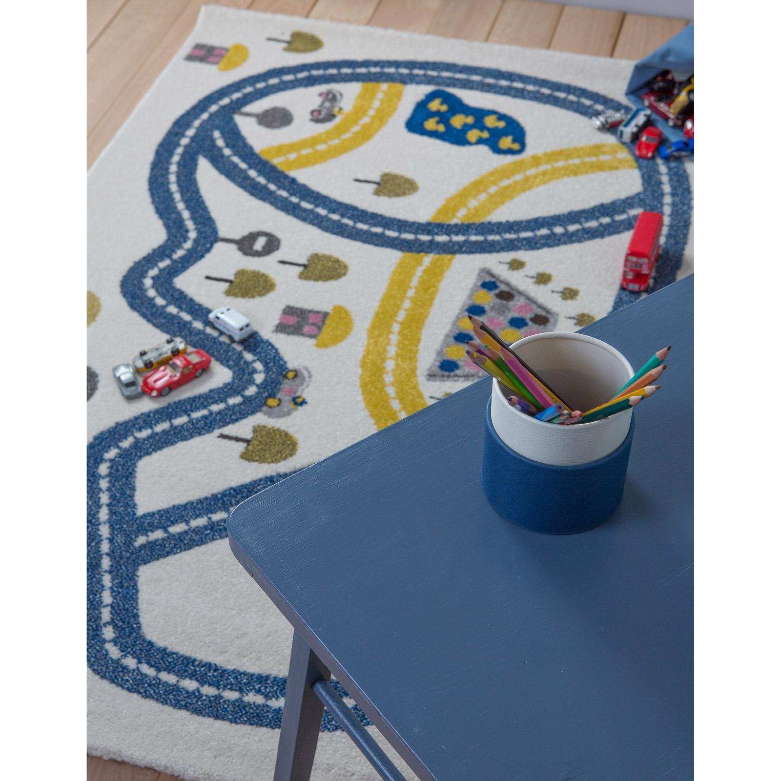 Tapis Circuit 100 X 150 Cm Art For Kids